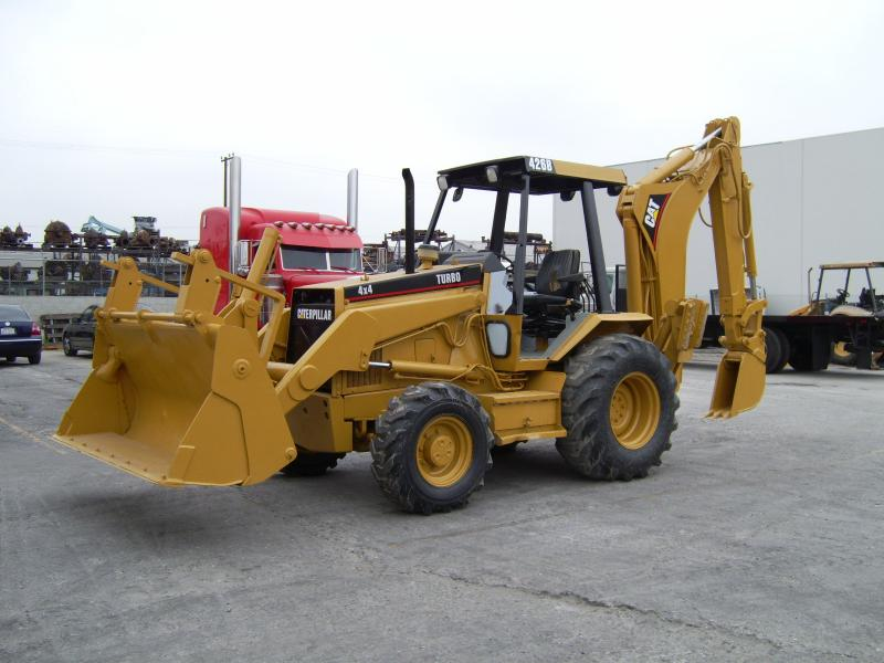 //eaglehoisting.net/wp-content/uploads/2019/01/caterpillar-backhoe1.4684821_std.jpg